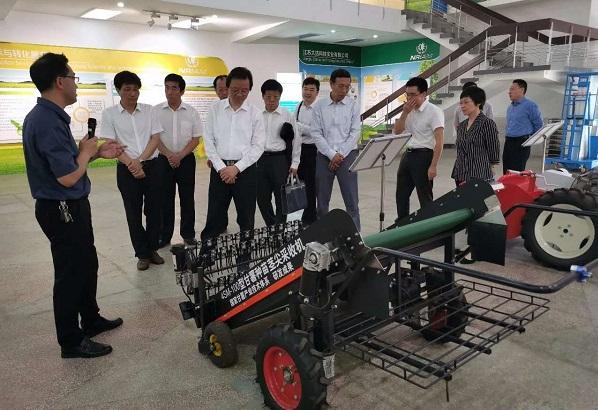 富来威与农机化所合作成果获农科院领导肯定